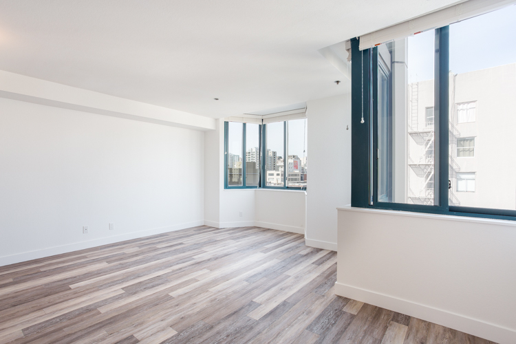 renovated studio with city view